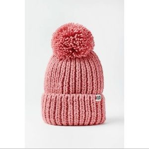 URBAN OUTFITTERS Pompom Beanie Pink